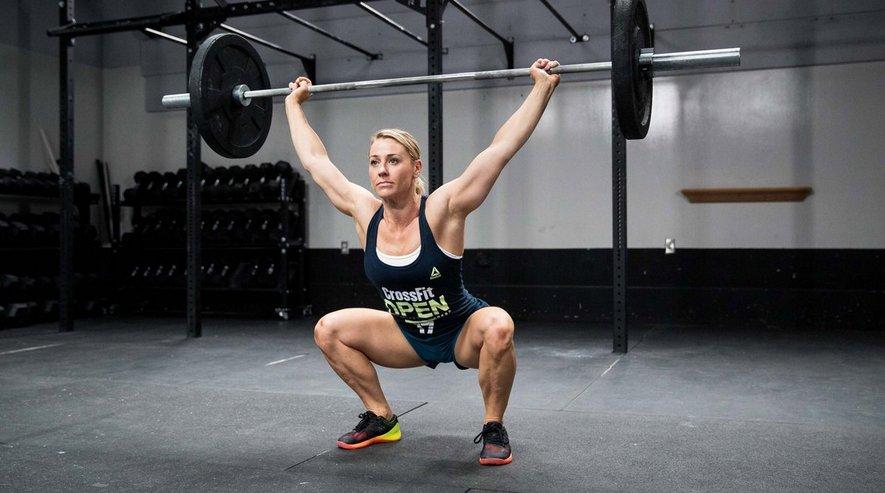 Какие мышцы работают при приседаниях оверхэд