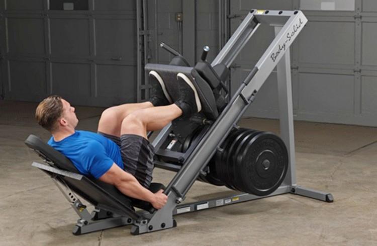 Какие мышцы работают в жиме ногами в тренажере Гакка