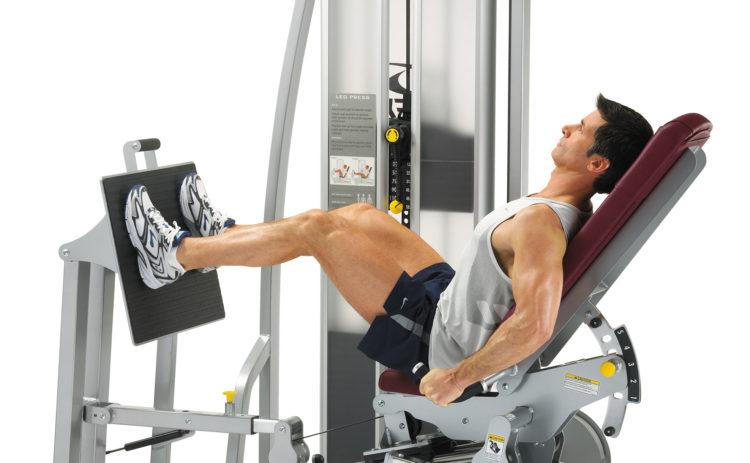 Достоинства упражнения жима ногами сидя