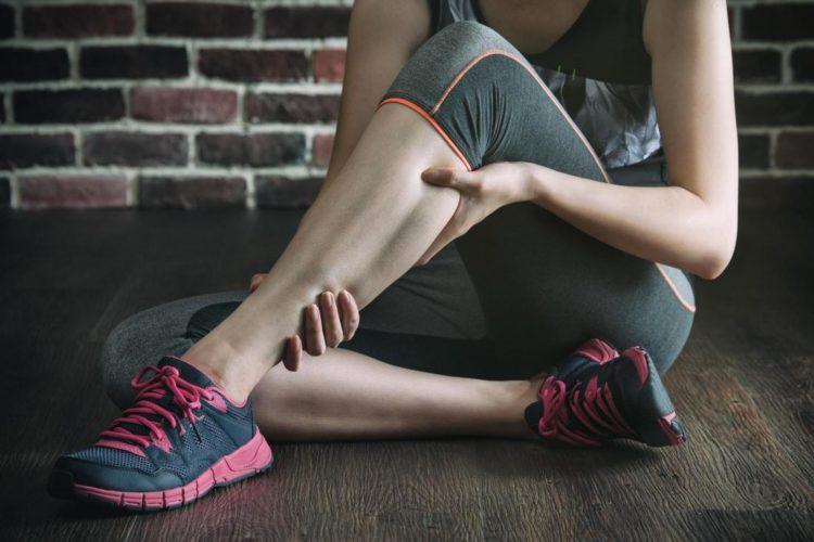 Болят ноги после приседаний