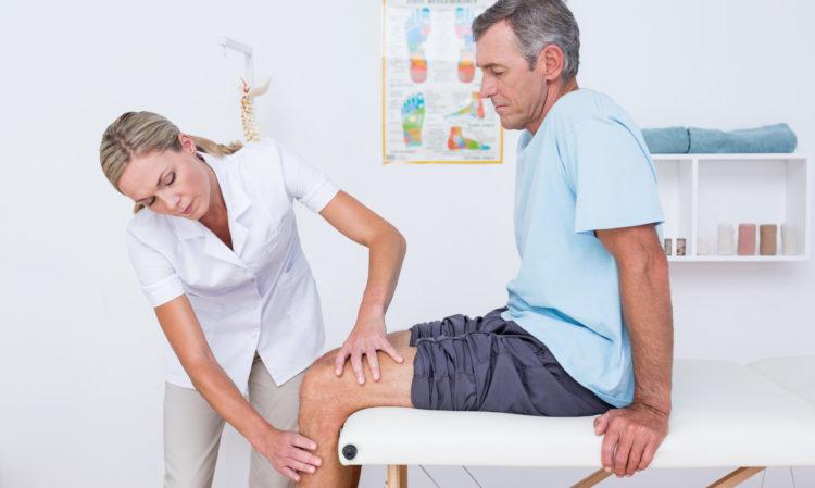 Обследование у врача травматолога