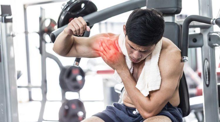 Повреждение плечевого сустава при тренировках