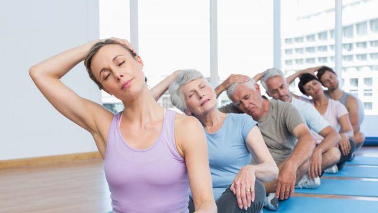 Почему важно расслаблять мышцы шеи и плеч